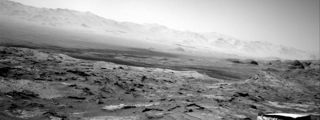 Nasa's Mars rover Curiosity acquired this image using its Right Navigation Camera on Sol 3203, at drive 1102, site number 90