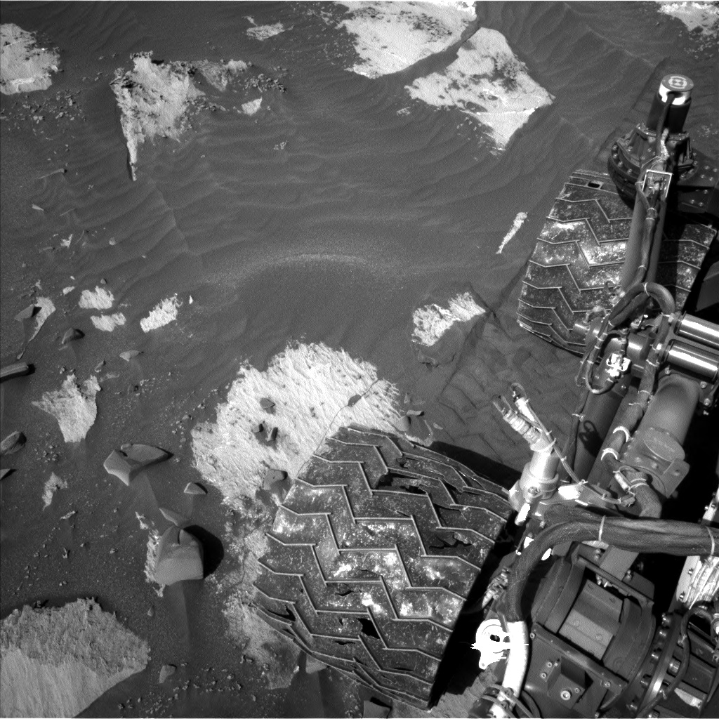 Nasa's Mars rover Curiosity acquired this image using its Left Navigation Camera on Sol 3206, at drive 1732, site number 90