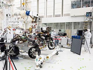read the article 'NASA 'Optometrists' Verify Mars 2020 Rover's 20/20 Vision'
