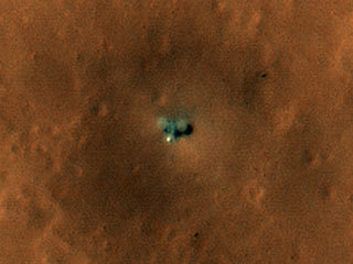 read the article 'HiRISE Views NASA's InSight and Curiosity on Mars'