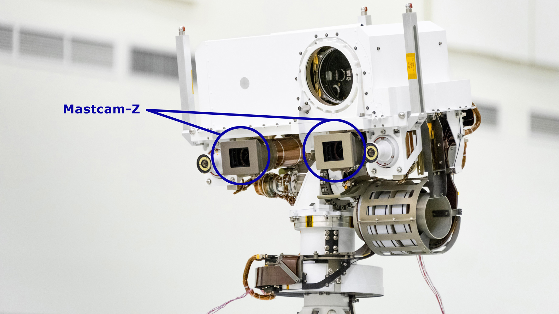 A close-up of the head of Mars 2020's remote sensing mast.