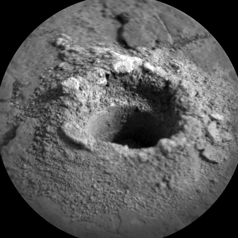 observation of the drill hole on Mars
