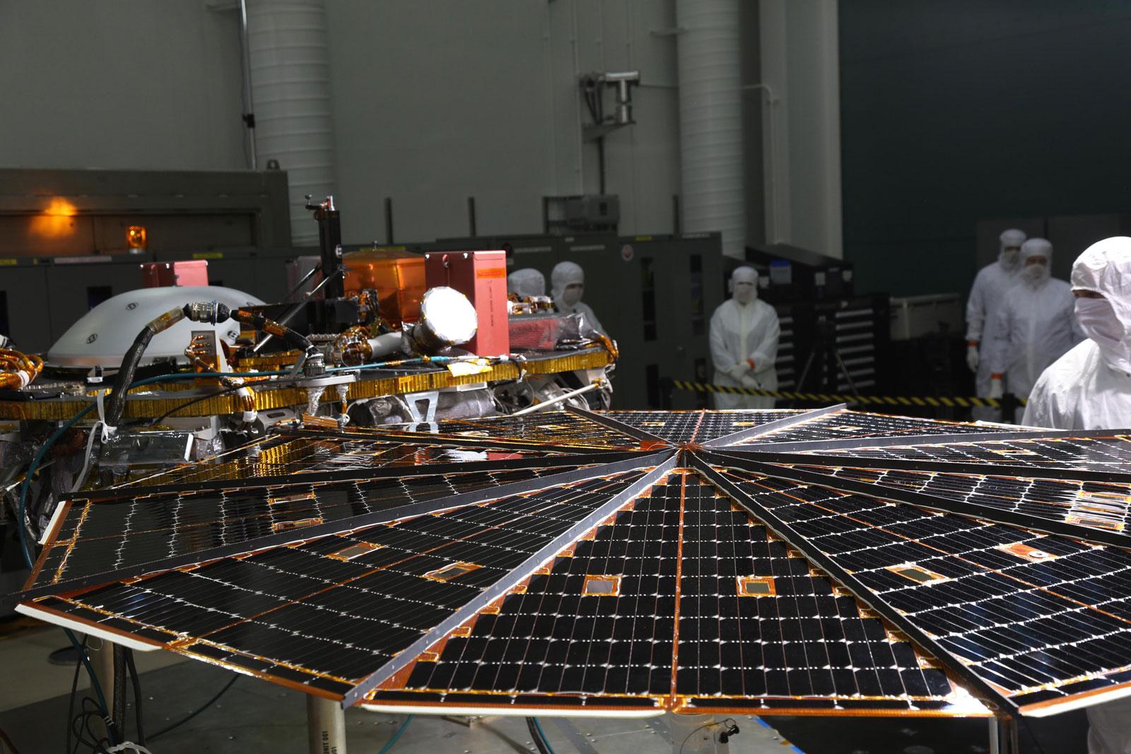 Insight Lander Solar Array Test Nasa S Mars Exploration