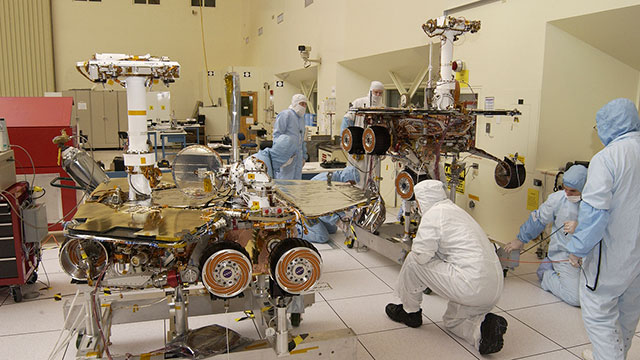 Spirit and Opportunity Mars rovers being tested at JPL