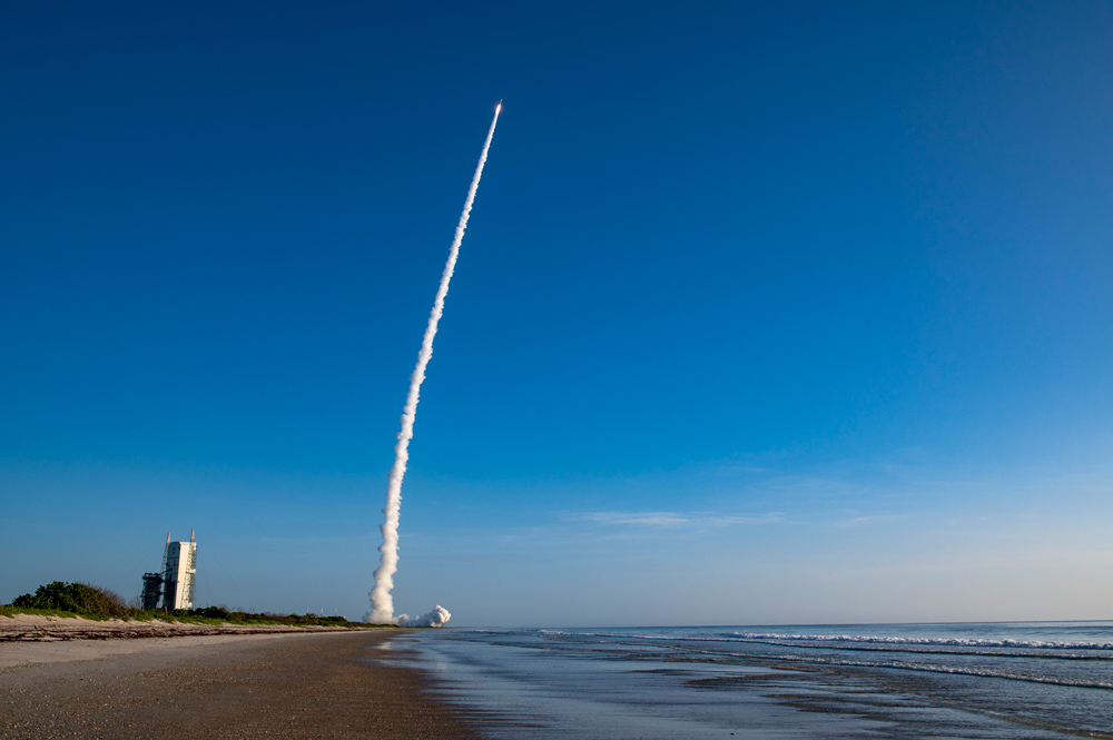 The rocket carrying Mars 2020 on its way to Mars