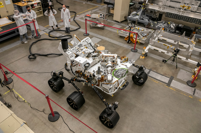 Engineers test drive Perseverance rover's twin