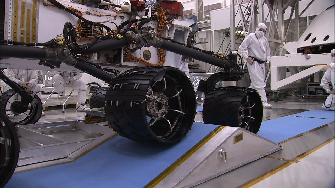 Land Rover Pasadena >> Building Curiosity: Rover Rocks Rocker-Bogie – NASA's Mars Exploration Program