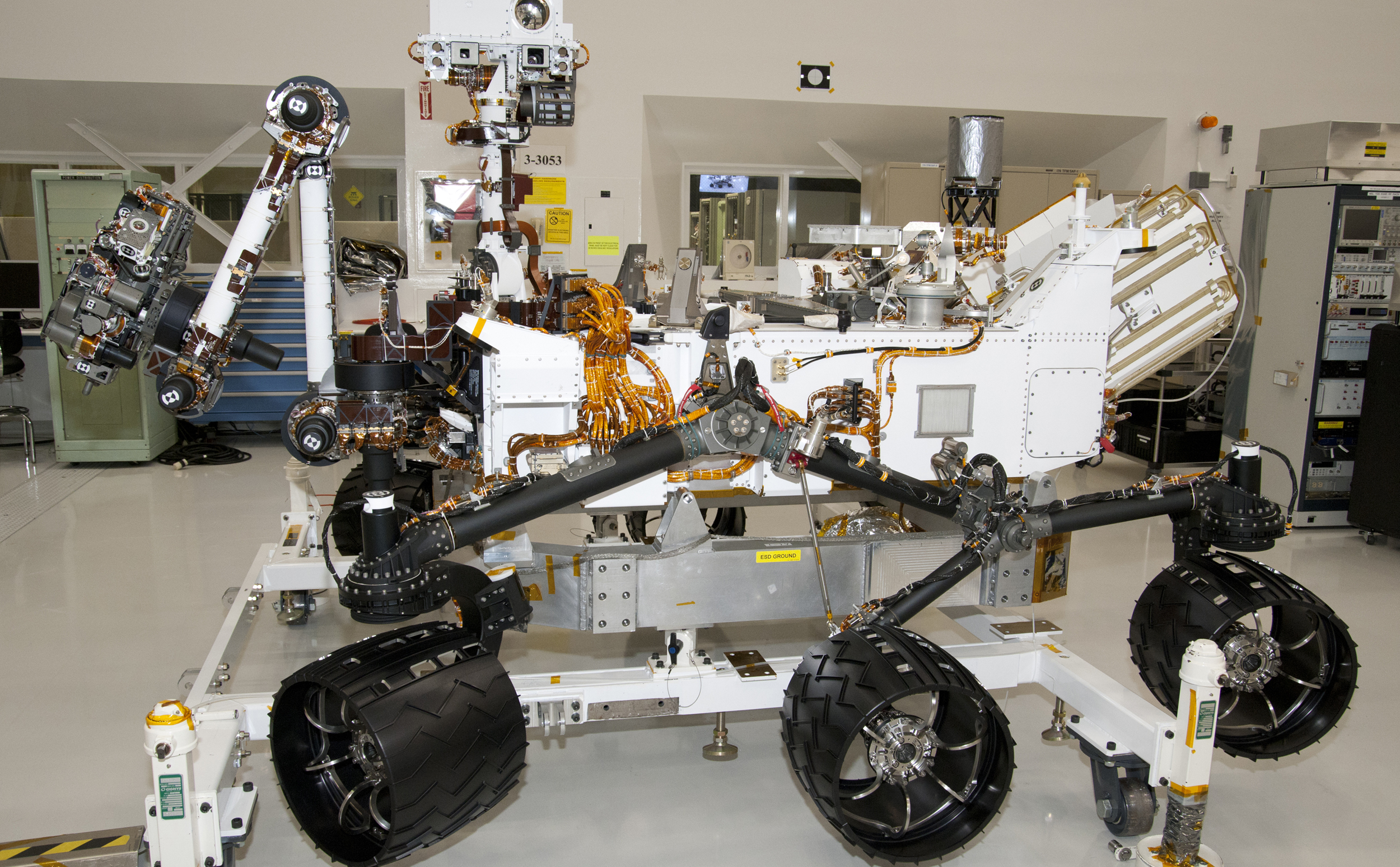 NASA Mars Rover Curiosity at JPL, Side View