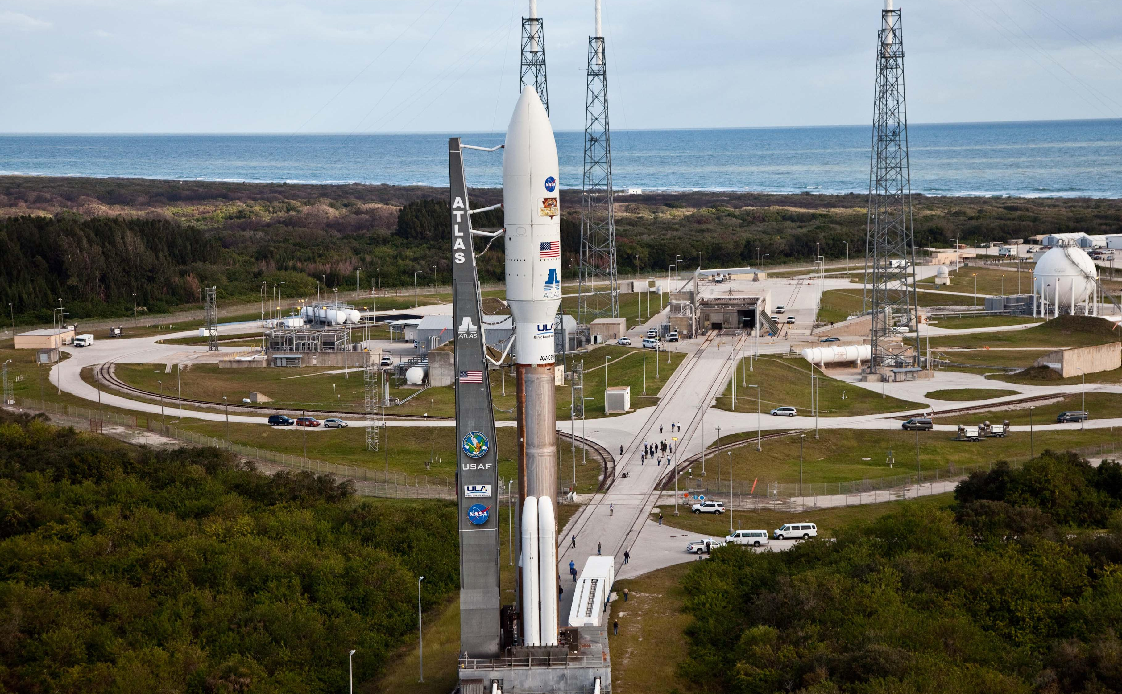 A United Launch Alliance Atlas V rocket with NASA's Mars Science Lab (MSL) rover Curiosity rolls out to its Space Launch Complex-41 launch pad arriving at 8:40 a.m. EST today.