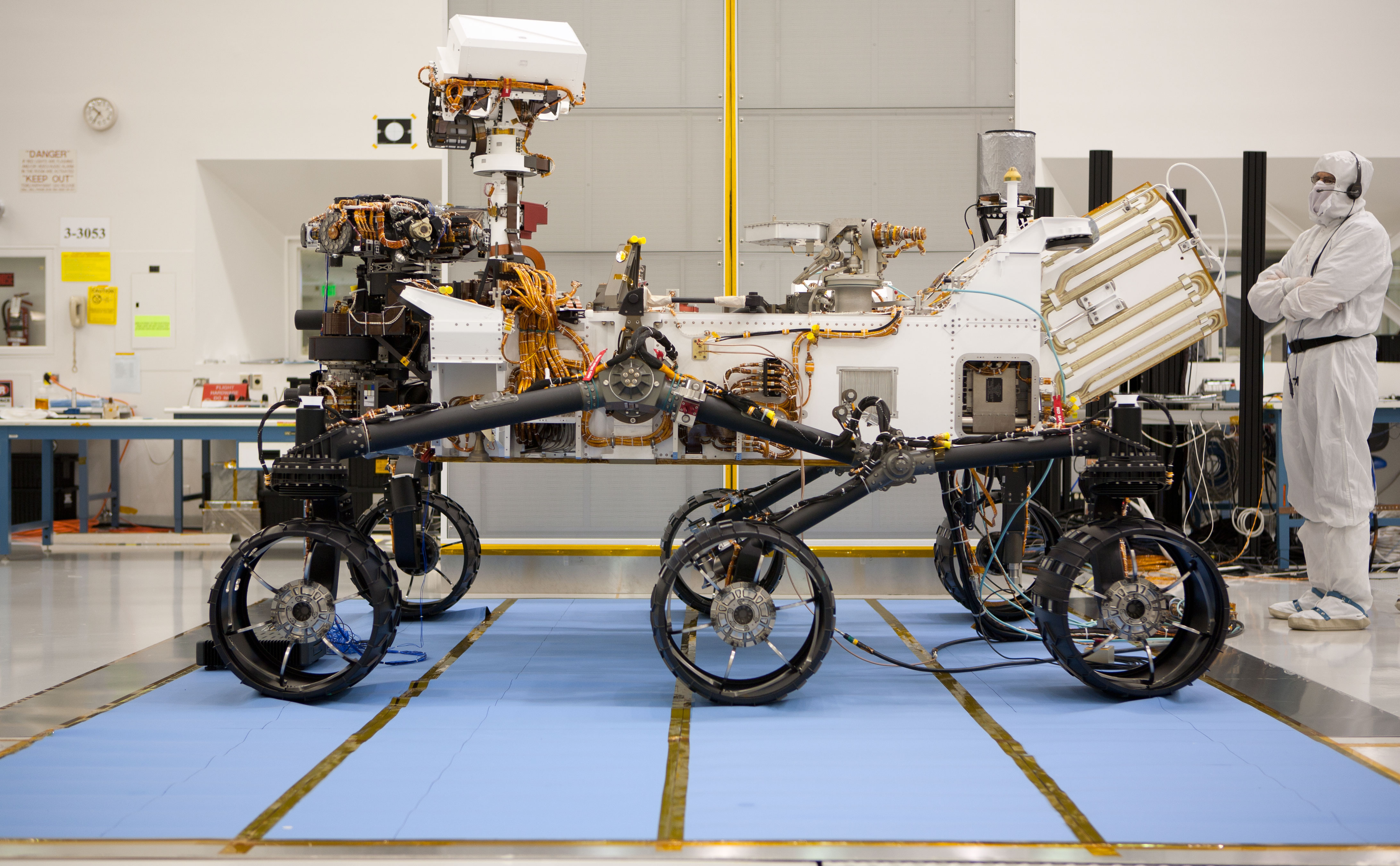 About the size of a small SUV, NASA's Curiosity rover is well equipped for a tour of Gale Crater on Mars.