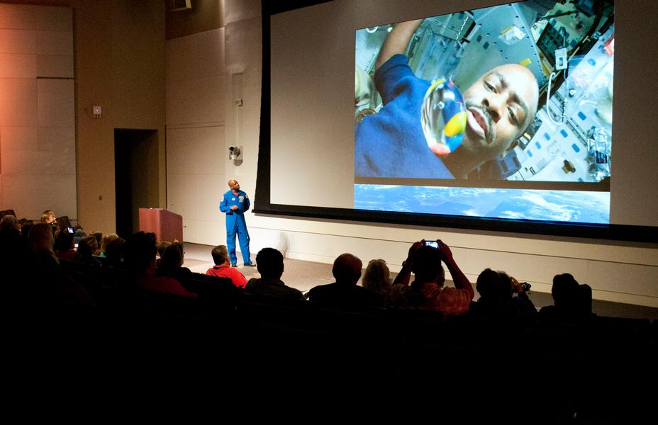 Astronaut Leland Melvin, NASA's Associate Administrator for Education, has a little fun with teachers while talking about how to eat snacks in space. Melvin served on board the Space Shuttle Atlantis as a mission specialist for STS-122 and STS-129.