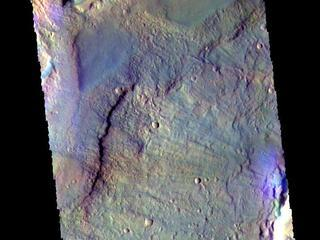 This image from NASAs Mars Odyssey shows a graben located in Acidalia Planitia.