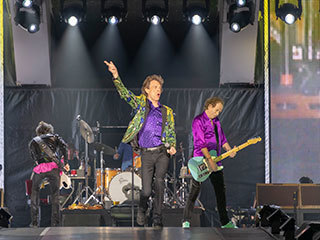 Rolling Stones Take the Stage