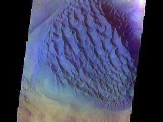 Matara Crater Dunes - False Color