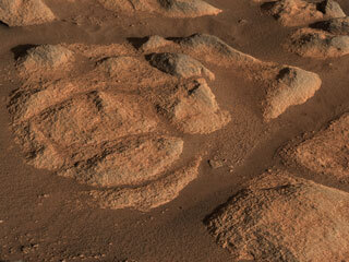 mars rocks viewed up close